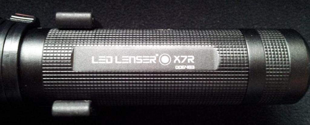 LED LENSER® X7R - Korpus und Beschriftung