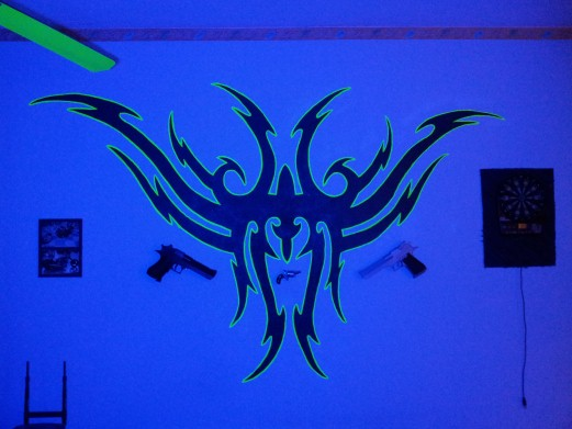 Neon-Effekt Tribal